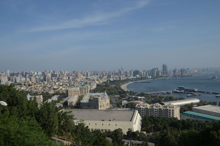Blick über Baku